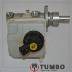 Cilindro mestre de freio com reservatório da Renault Master 2.5