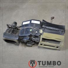 Caixa do ar condicionado interior da Ranger 05/12 3.0 Diesel