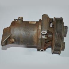 Compressor do ar condicionado da S10 2.8 180CV 2013 aut