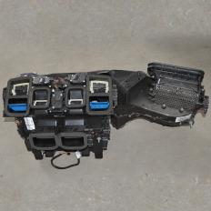 Caixa de ar condicionado da Mercedes E350 V6 2011 Aut.