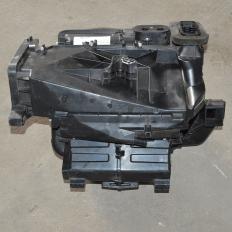 Carcaça da caixa ar condicionado manual s10 2.4 2.8 2012/...