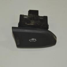 Botão de abertura do porta malas do Ônix LTZ 1.4