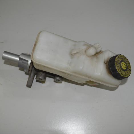 Cilindro mestre de freio com reservatório do Corolla 2.0 2014/...