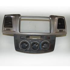 Moldura do rádio com comando de ar da Hilux 2012/...