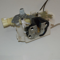 Fechadura da porta dianteira direita da S10 2012/... LTZ 2.8