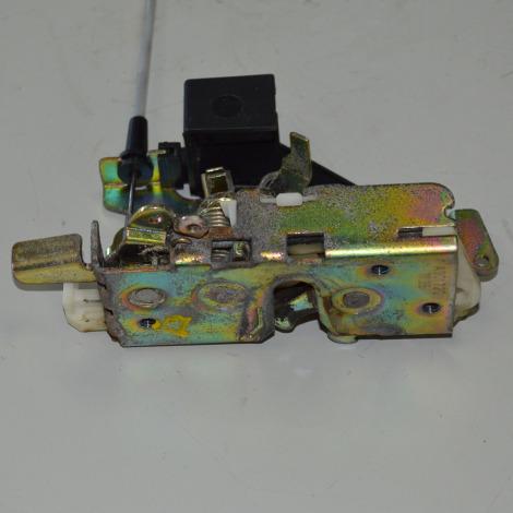 Fechadura da porta dianteira direita da Sprinter 313 CDI 2008