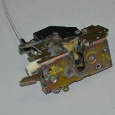 Fechadura da porta dianteira esquerda da Sprinter 313 CDI 2008
