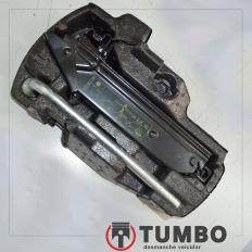 Macaco e chave de roda do VW UP 1.0 TSI sem isopor