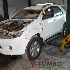 Toyota Hilux Sw4 3.0 4x4 163cv - Sucata Para Retirar Peças