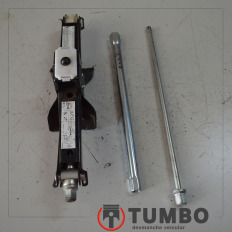 Macaco e ferramentas da Renault Master 2.3