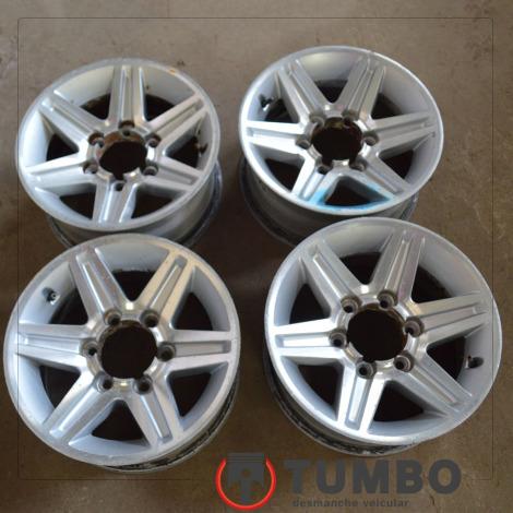 Jogo de rodas de alumínio aro 15 da HIilux 3.0 turbinada até 2005