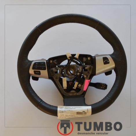 Volante de direção com comandos do Corolla 2.0 XRS 2013