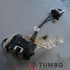 Fechadura elétrica traseira esquerda com puxador da IX35 2.0 gasolina