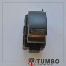 Botão do vidro dianteiro direito da S10 2012/...