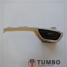Grade direita com moldura do difusor de ar da S10 2012/...