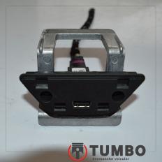 Conector USB com suporte do VW UP 2018 TSI