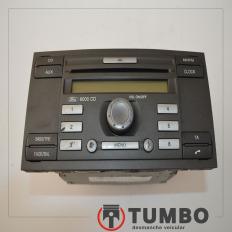 Rádio com detalhes da Ford Transit 2.4