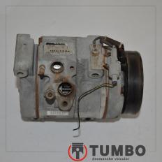 Compressor ar condicionado da HIilux 3.0 turbinada até 2005 sem polia