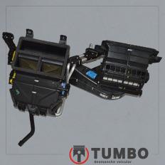 Caixa do ar condicionado da Ranger XLT 3.2 Automática 2018