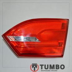 Lanterna direita da tampa do VW Jetta 2.0 11/12