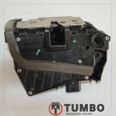 Fechadura elétrica da porta dianteira direita do Ônix 1.4 LT 2015