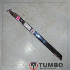 Acabamento luz de placa traseira da Hilux SW4 2011 3.0 4x4